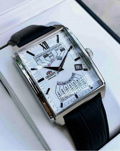 dong-ho-orient-lich-van-nien-may-automatic-nam-day-da-feuag005wh.jpg