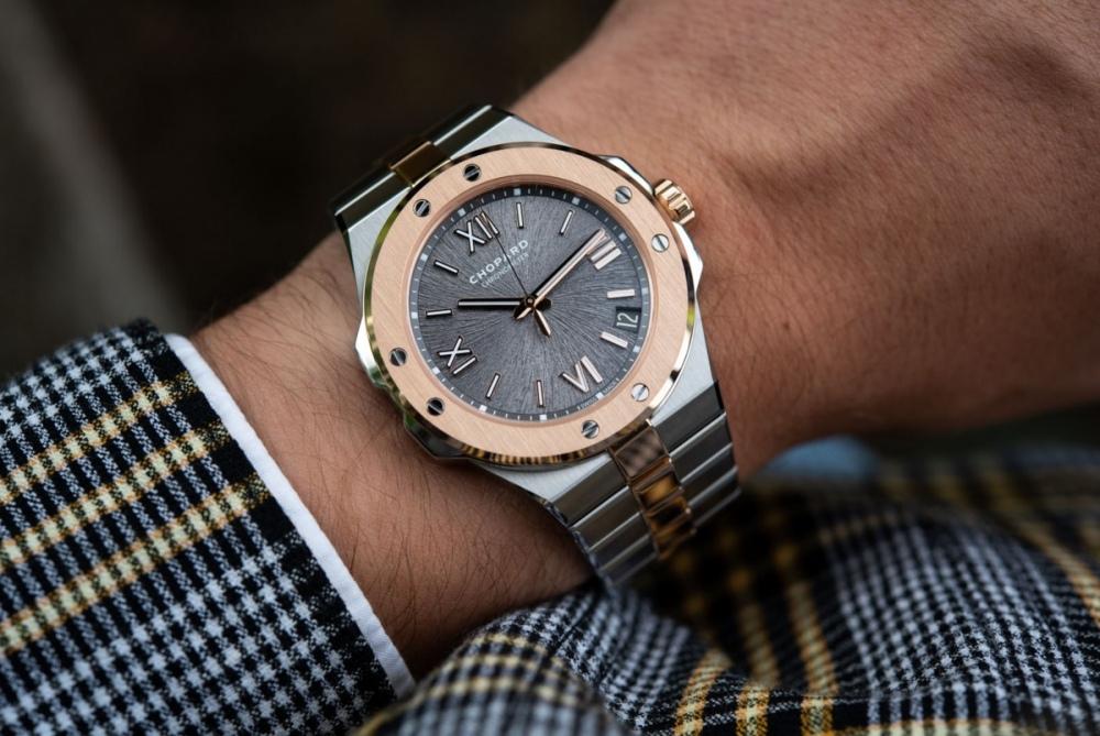 Chopard-Alpine-Eagle-Gold-Steel-Luxury-Sports-Watch-aBlogtoWatch-1.jpg