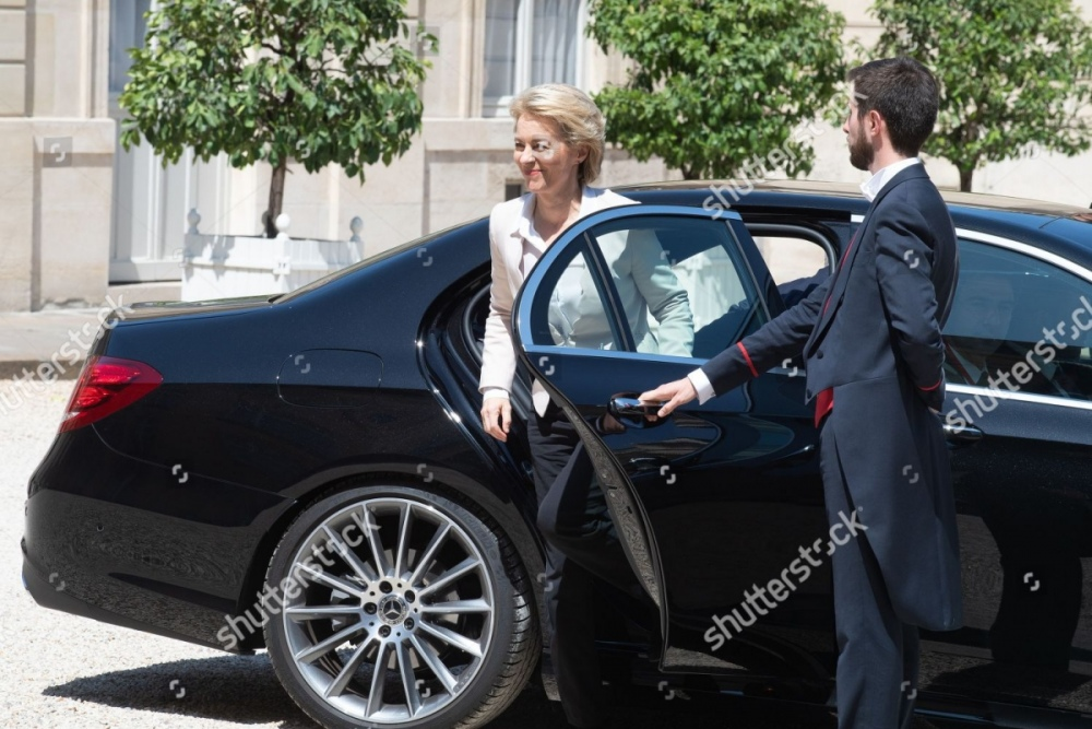 european-commission-president-ursula-von-der-leyen-visit-to-paris-france-shutterstock-editorial-10345368b.jpg