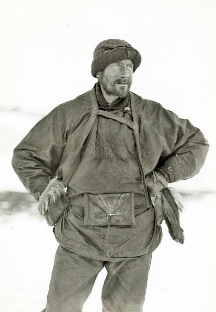 Dr-Wilson-returned-from-Depot-journey-21-April-1911.thumb.jpg.8ecdee7e47af77c996660b08174d6e99.jpg