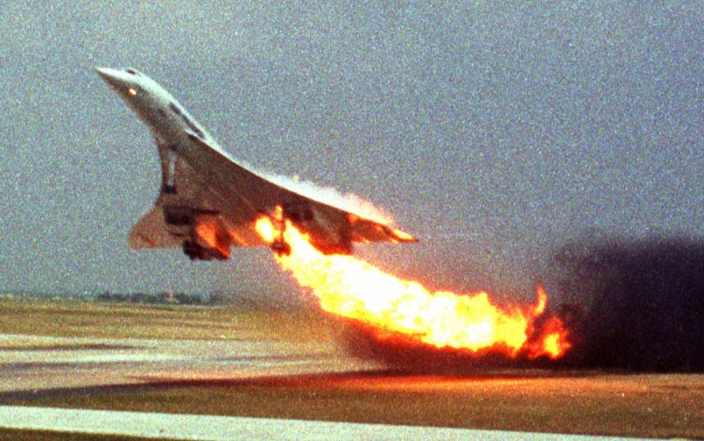 fire-flight-Air-France-engine-Paris-plane-July-25-2000.jpg
