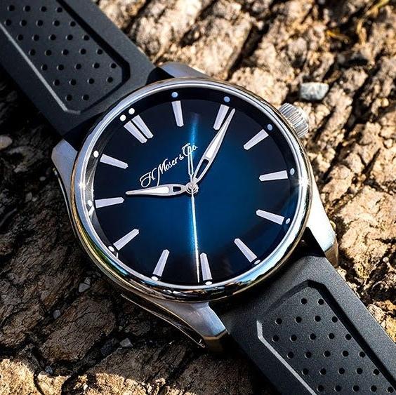 pioneer-centre-seconds-midnight-blue-2-01.jpeg