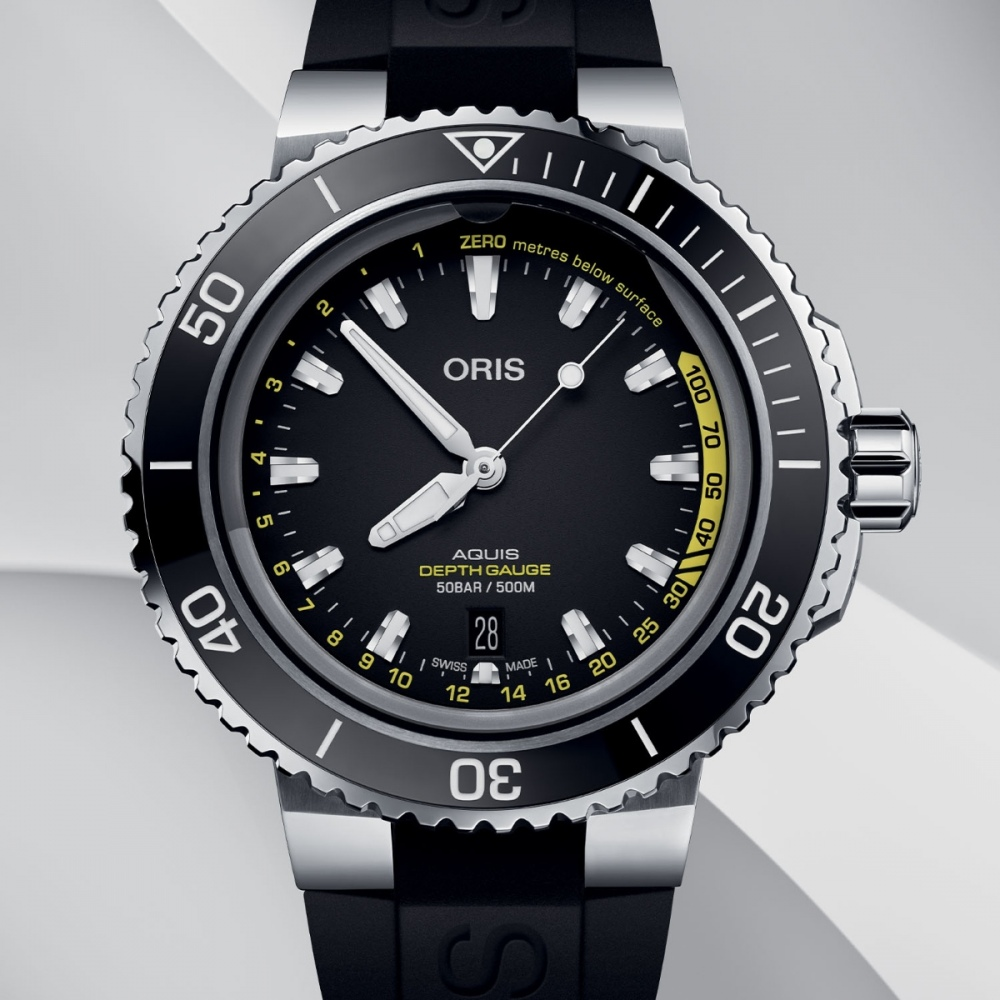 ORIS Aquis Depth GAUGE 03.jpg