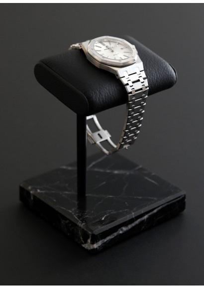the-watch-stand-black-21100-eur-the-02b21100-eur.jpg.3dacd89404e353d5184a9d0d5619eb0a.jpg