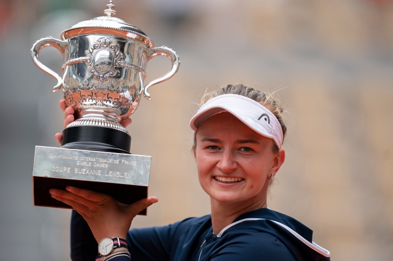 2021-06-12T161148Z_1649555335_MT1USATODAY16245084_RTRMADP_3_TENNIS-FRENCH-OPEN.jpg