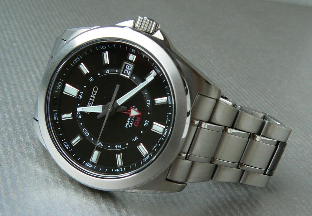 Affordable Quartz Gmt Watch